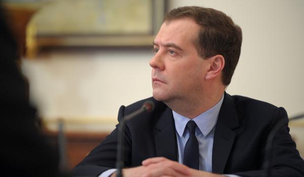 Министър-председателят на Русия пристигна в Симферопол