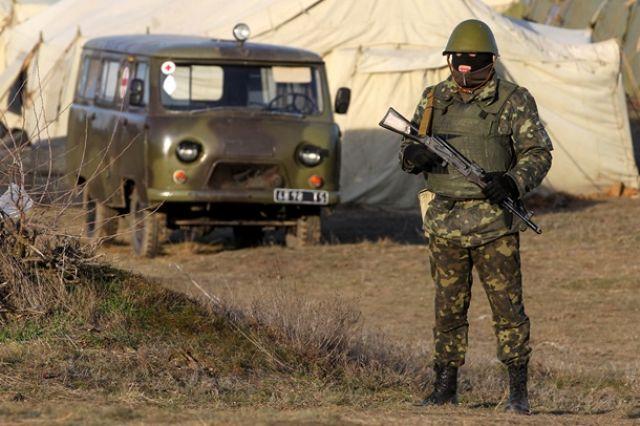 Издигат се нови барикади до летището в Донецк