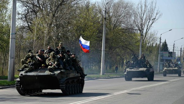 Шест БТРа са преминали на страната на опълченците в Краматорск