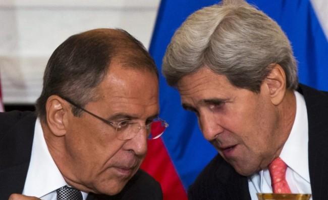 Лавров и Кери обсъдиха  кризата в Украйна
