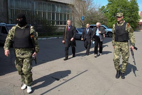 Славянск освободи един от членовете на мисията на ОССЕ