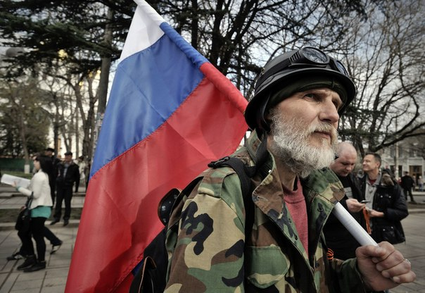 В Луганск четирима мъже са предали в милицията арсенал с оръжия