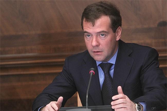 Украйна възмутена от несъгласуваната визита на Медведев в Крим