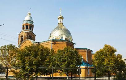 В Славянск украински военни обстреляха църква по време на литургия