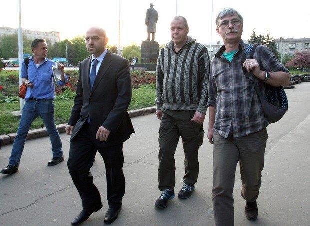 ОССЕ потвърди освобождаването на наблюдателите в Украйна