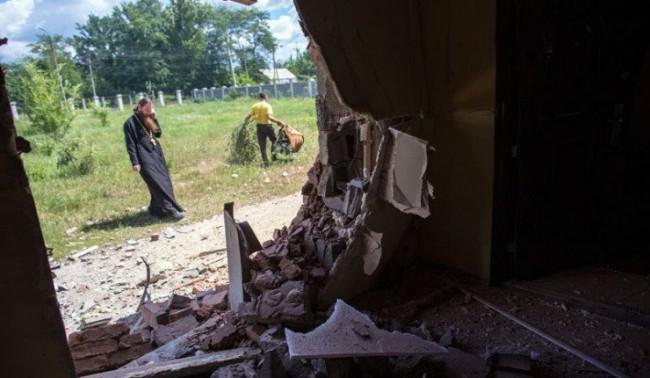 При обстрел на Славянск пострадали 16 мирни жители