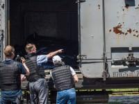 Влак с телата на загиналите потегли за Донецк