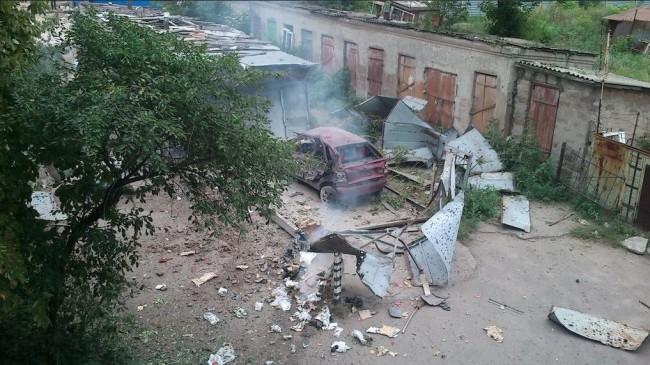 В Луганск за едно денонощие: 16 загинали и 60 ранени (ФОТО +18)