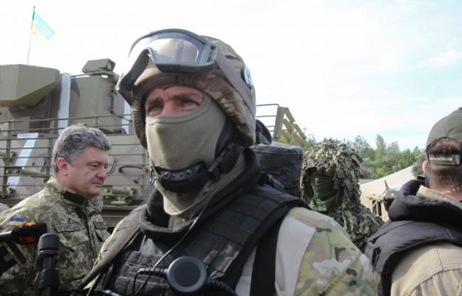 Порошенко приравни участниците в силовата операция в Източна Украйна с ветераните от войната
