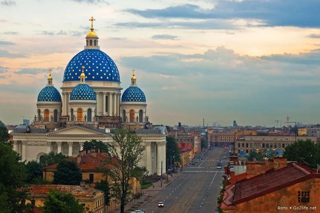 Да се потопим в красотите на Санкт Петербург