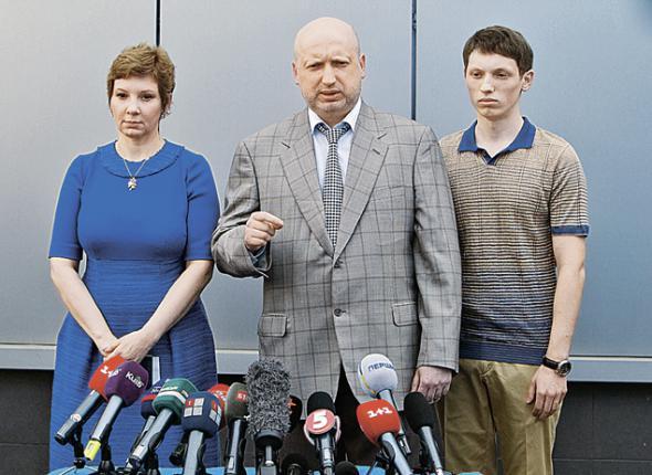 Синът на Турчинов получи призовка за мобилизация