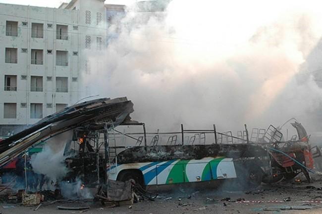 Нацгвардейци обстреляха автобус с бежанци, оцелели няма