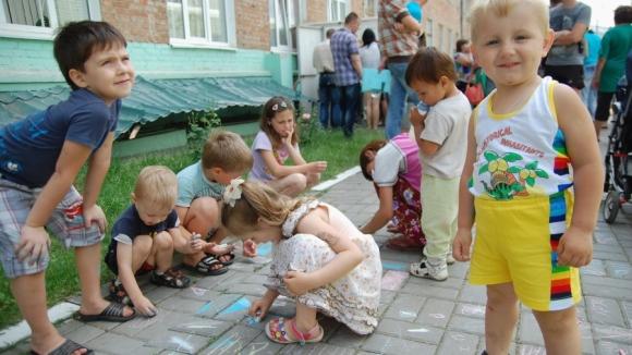 Училищата в Русия ще приемат деца на украински бежанци