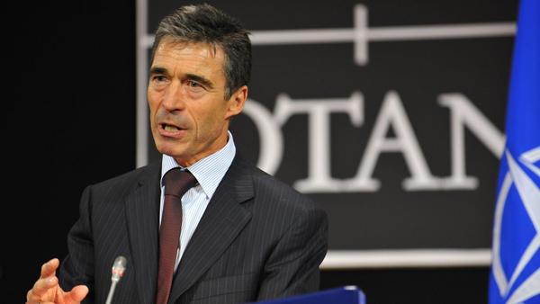 """Расмусен и Брийдлав са за строителство на """"Източна стена на НАТО"""""""