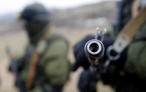 Украински военни разстрелват мирните жители, които отказват да копаят окопи