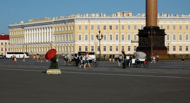 Негово Величество Санкт Петербург