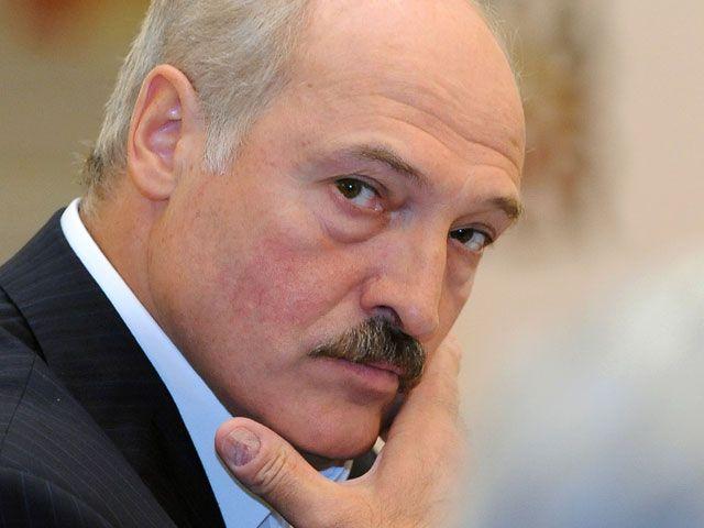 Лукашенко покани Порошенко за разговор в Минск