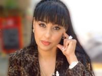 Оля Ал-Ахмед е известен български журналист и преводач от арабски и руски, експерт по ПР и протокол. Говори свободно английски, арабски, руски и испански. Завършила е арабска филология в СУ , с втора специалност : журналистика и ПР , и здравен мениджмънт в УНСС. Преди години само за една нощ преведе наказателният кодекс на Либия и обвинителния акт срещу българските медици , с което нашумя.