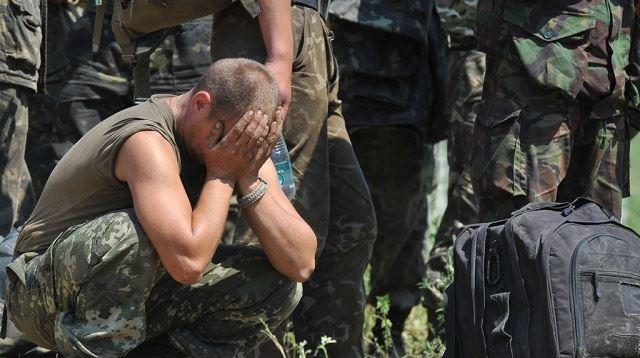 Захарченко: украински военни се предават в плен, за да останат живи