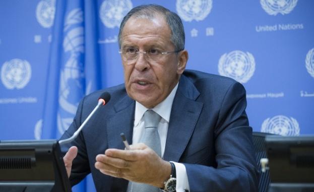 Лавров: Яценюк не подкрепя стъпките за нормализиране на ситуацията в Източна Украйна