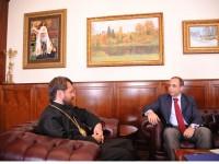 Посланикът на България в Русия се срещна с митрополит Иларион