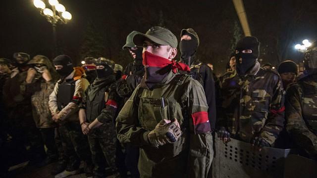 """Десен сектор"": Ако Порошенко не се опомни, ще последва Янукович"