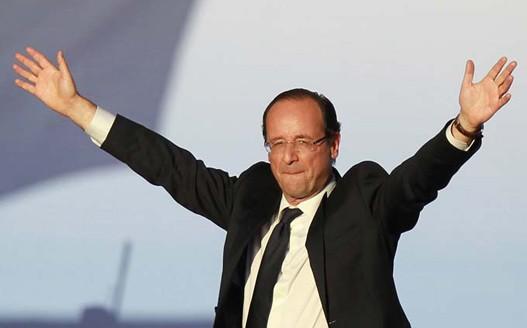 Оланд въпреки ниския рейтинг е решен да изкара цял мандат