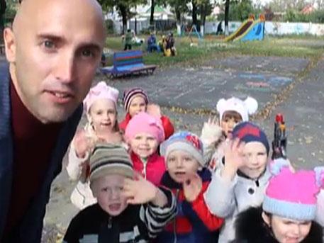 Децата на войната: «фашисти – това са украинците» (видео)