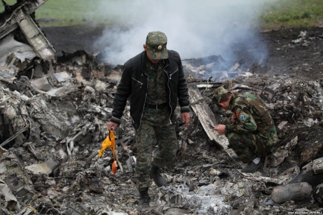 Един от пътниците на Boeing 777 е намерен с кислородна маска