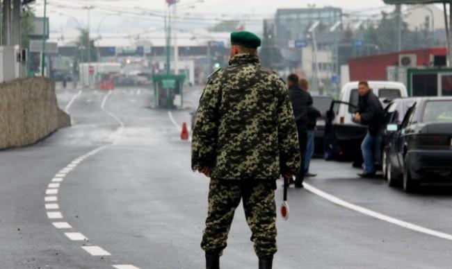 Полша ще вдига своя «стена» на границата с Украйна