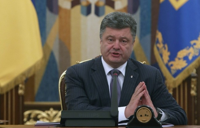 Порошенко: Задължителният език в училищата и вузовете в Украйна трябва да е английски, а не руски