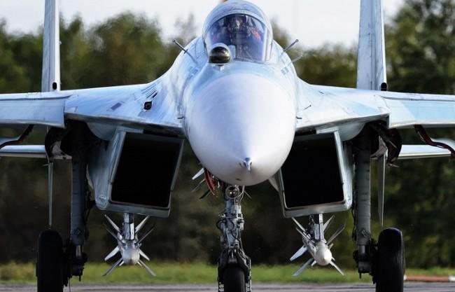 Русия ще разположи изтребители Су-27 в Беларус