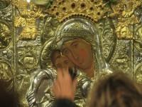 """В Москва искат да се поклонят на чудотворната икона """"Достойно ест"""" и Зографската икона на св. вмчк Георги"""