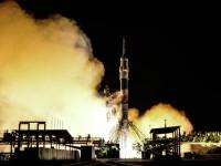 Руски космически кораб се скачи с МКС