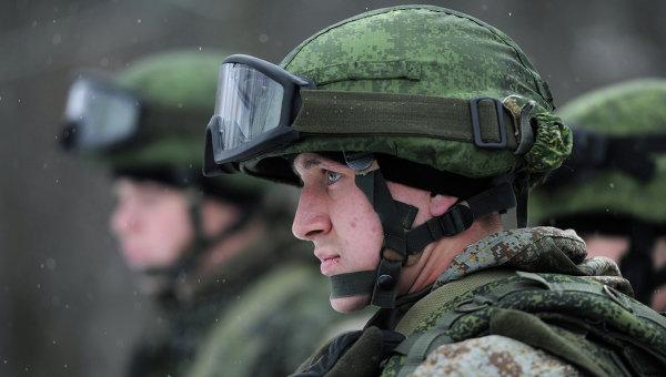 """Екипировката на войника на бъдещето """"Ратник""""  влиза във въоръжението на руската армия до края на годината"""