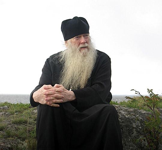 Атонският епископ