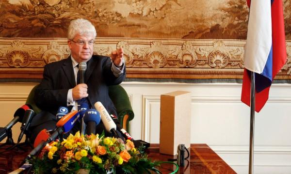 Постоянният представител на Русия в ЕС Владимир Чижов.