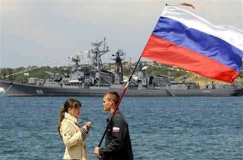 Възстановиха военноморската база в Крим