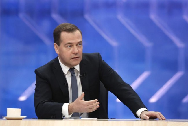Русия ще отвърне без ограничения ако бъде извадена от SWIFT