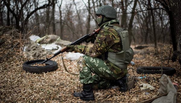 Украинската армия три пъти нарушава примирието в Новорусия през изминалата нощ