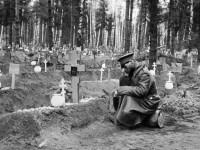 Вандали оскверниха гробище на съветските воини в Полша