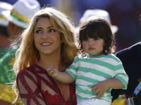 Шакира ще учи сина си на руски