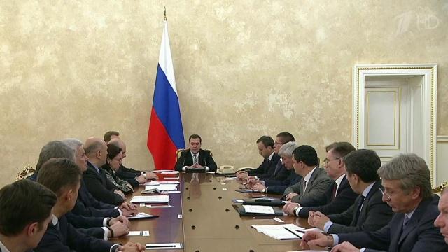 Медведев: Русия ще преодолее кризата с пазарни средства