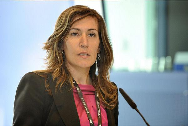 Министър Николина Ангелкова