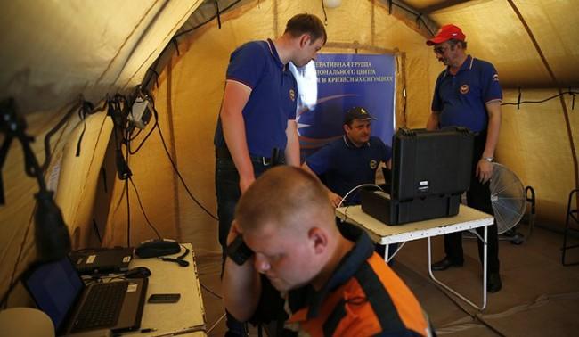 Руски водолази търсят отломъци на AirAsia