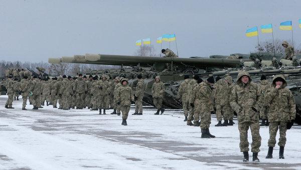 Украинските военни се жалват: Дават ни носени и мръсни униформи