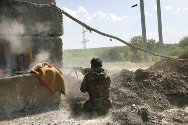 "И батальонът ""Донбас"" отстъпи, Турчинов е попаднал под обстрел"