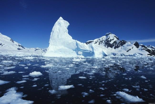 Експерт: Ледът в Арктика може напълно да се стопи след 40 години