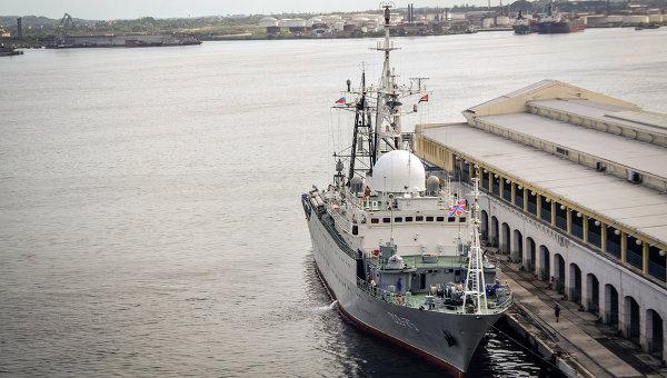 Руски боен кораб зае позиция на 20 мили от Флорида