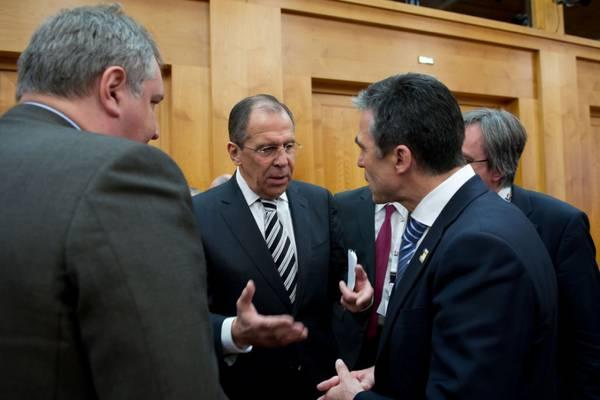 Лавров, Меркел и Байдън ще се произнесат по Украйна